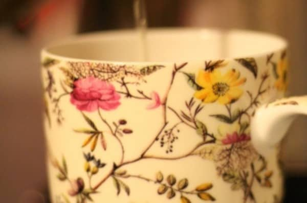 Tea recipe for women with endometriosis